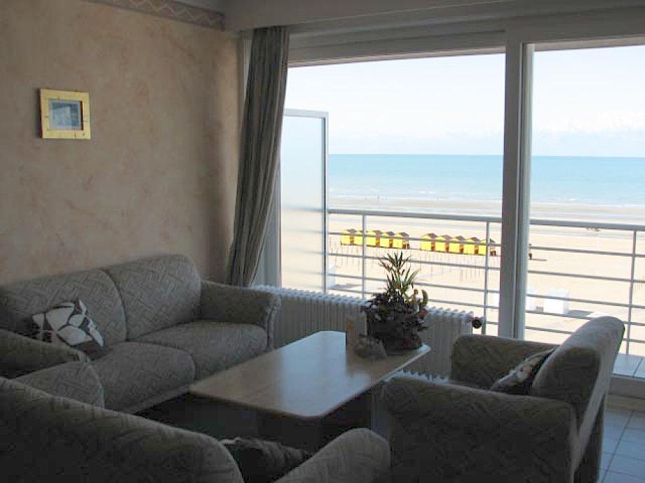 Von der Couch direkt das Meer sehen