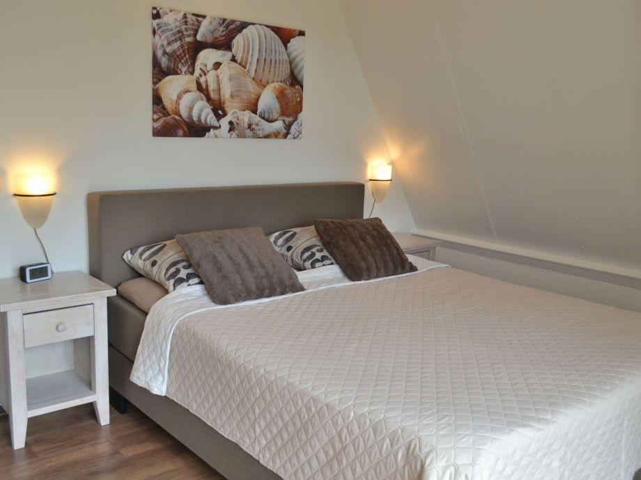 villa im 5 sterne park de banjaard zeeland noord beveland kamperland de banjaard familie. Black Bedroom Furniture Sets. Home Design Ideas