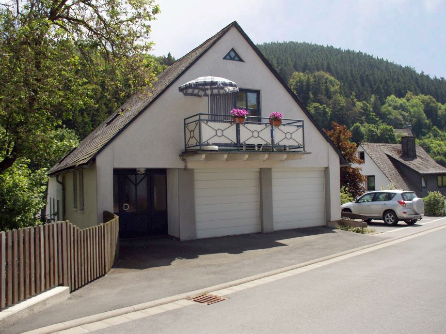 Hauseingang mit Blick aufs Studio