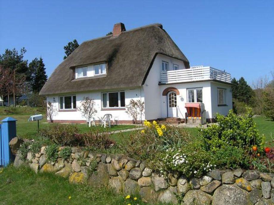 Reetdachhaus mit Garten