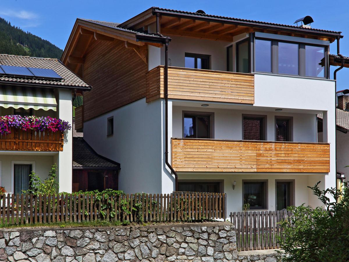 ferienwohnung haus reider italien s dtirol sarntal familie raimund reider. Black Bedroom Furniture Sets. Home Design Ideas