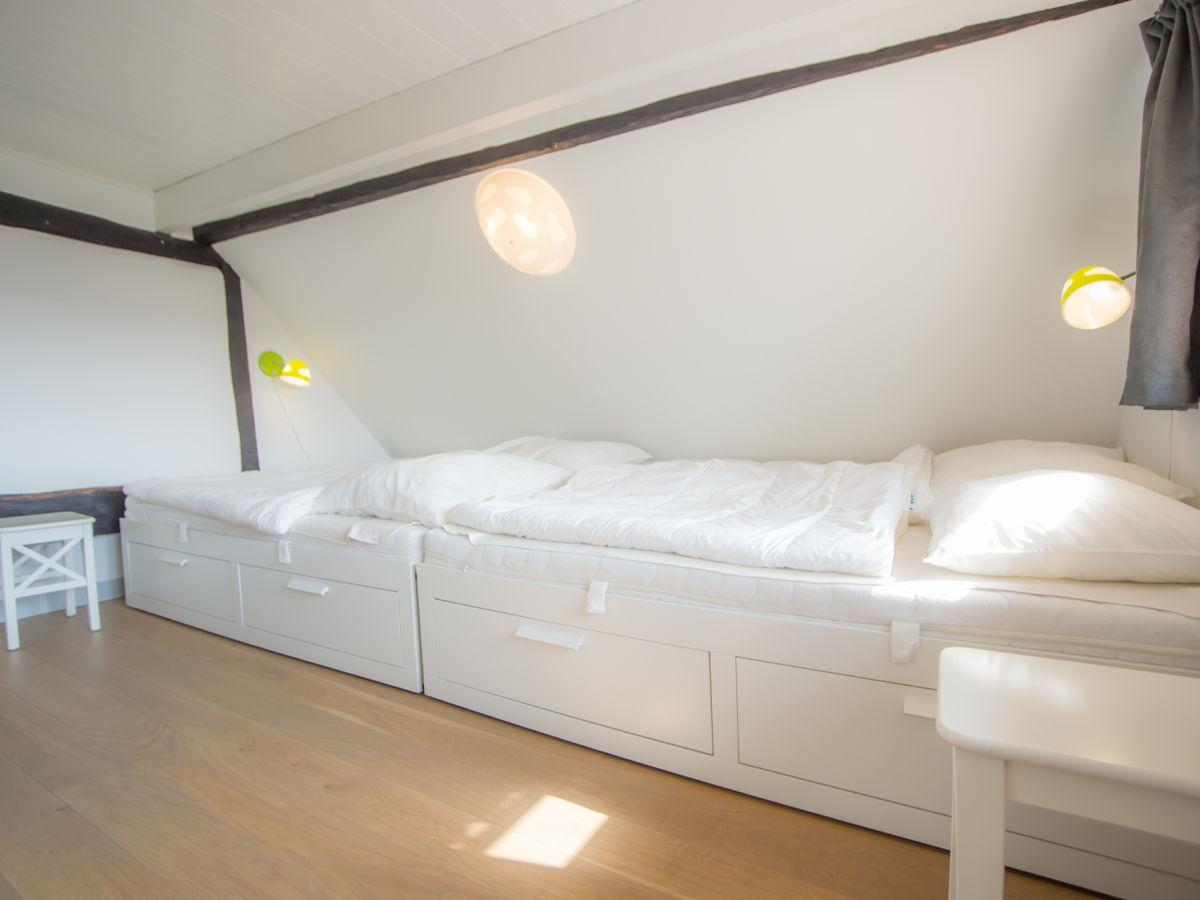 Ferienwohnung diekstuuv kirchwerder firma for Jugendzimmer mit doppelbett