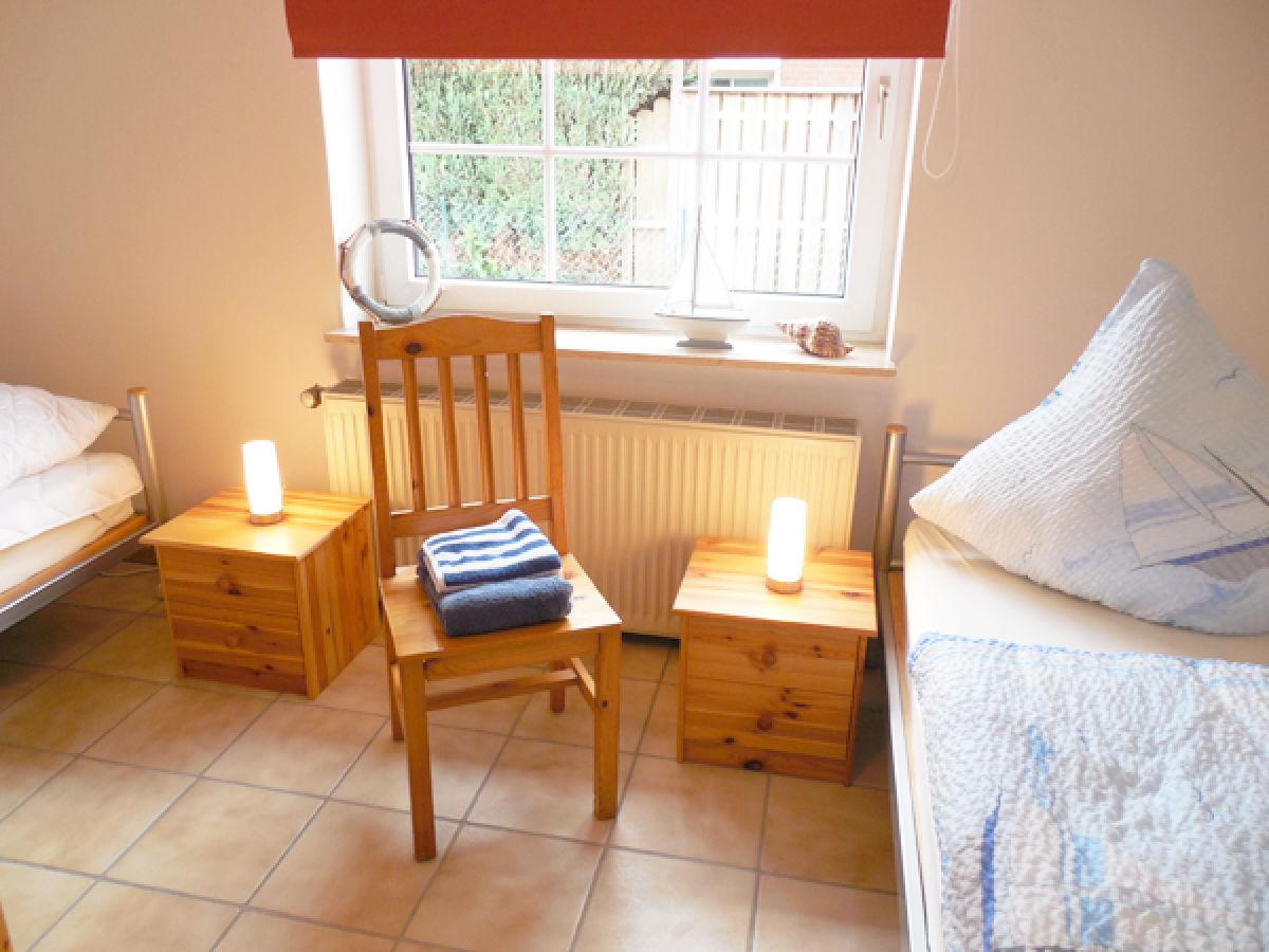 ferienwohnung luv im ferienhaus zwischen fjord meer an der ostsee schleswig holstein. Black Bedroom Furniture Sets. Home Design Ideas