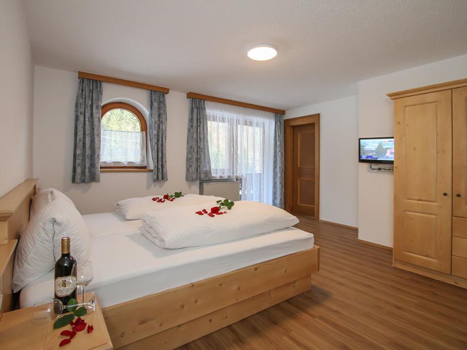 Zimmer Ferienwohnung Staffenhof Kössen