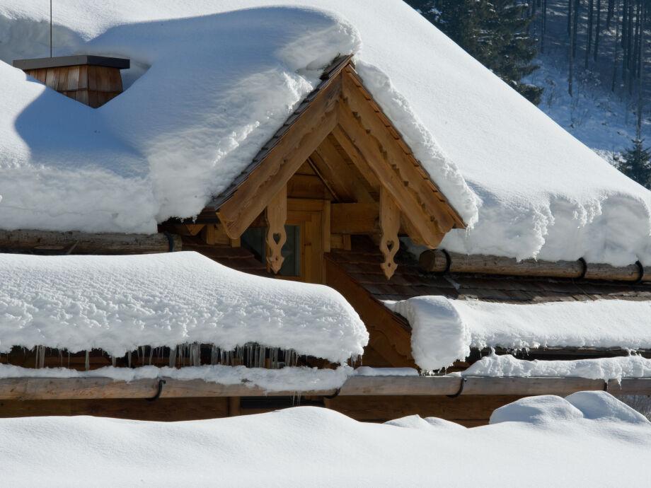 Chalet Bergkiefer im Winter