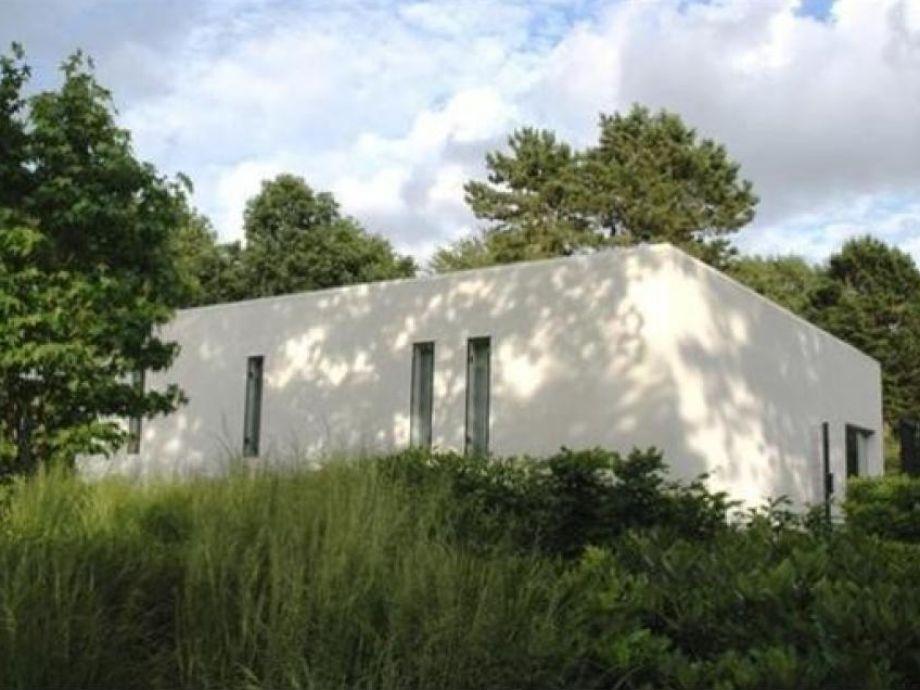 Außenaufnahme Villa van Anholt