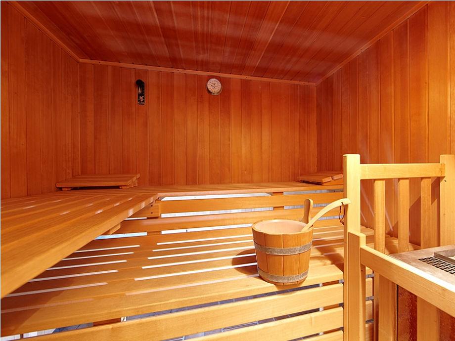 ferienwohnung farchanter traum zugspitzland frau. Black Bedroom Furniture Sets. Home Design Ideas