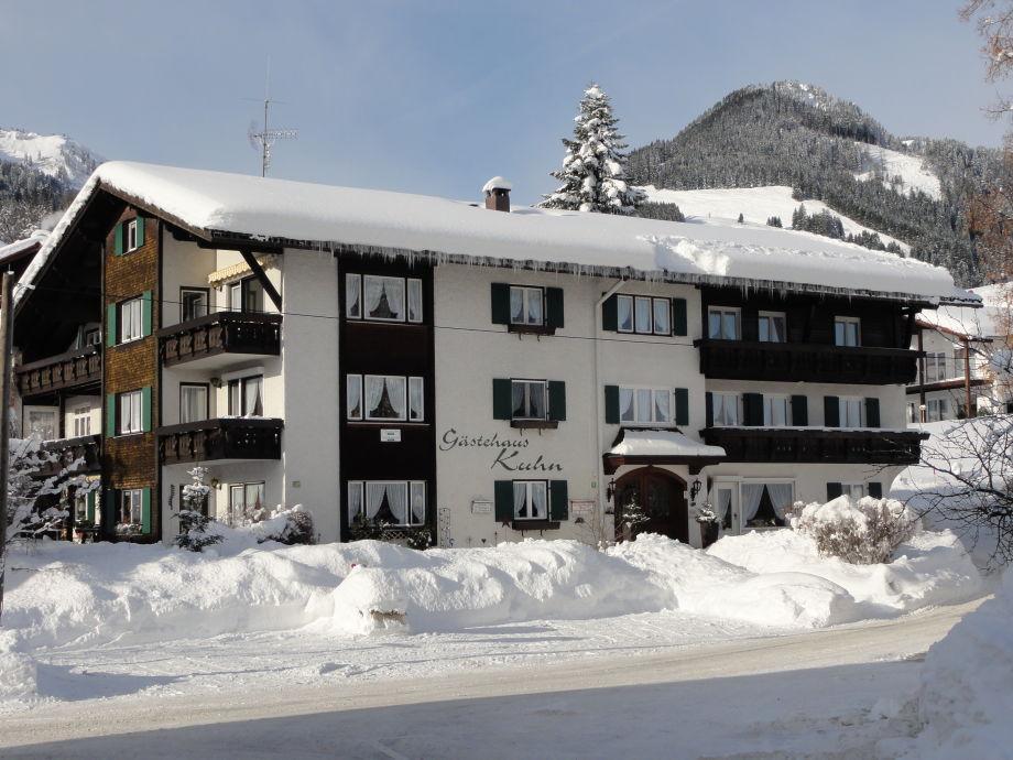 Gästehaus Kuhn im Winter