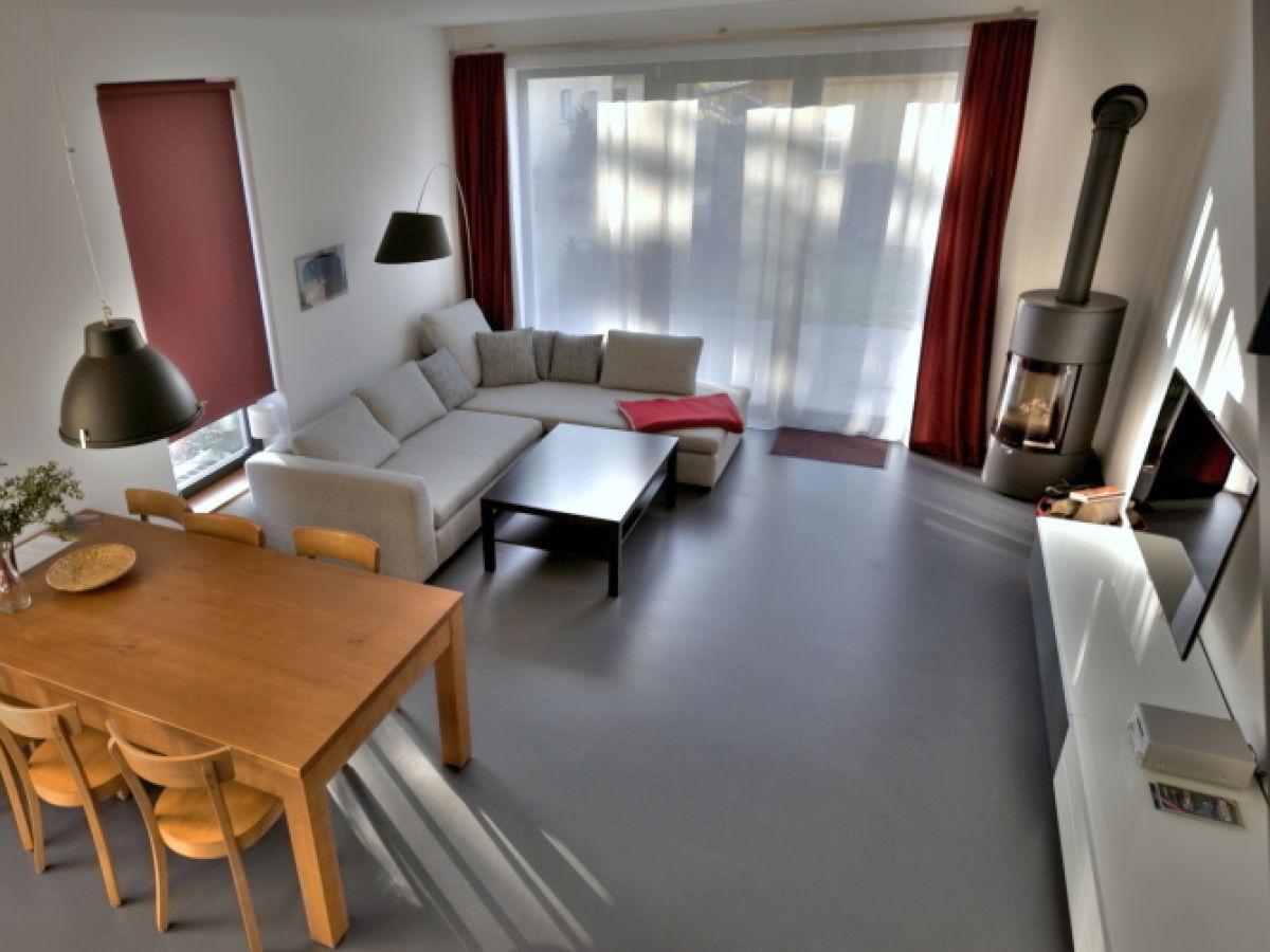 ferienwohnung 2 im sonnensteg 23 ostsee r gen sellin. Black Bedroom Furniture Sets. Home Design Ideas