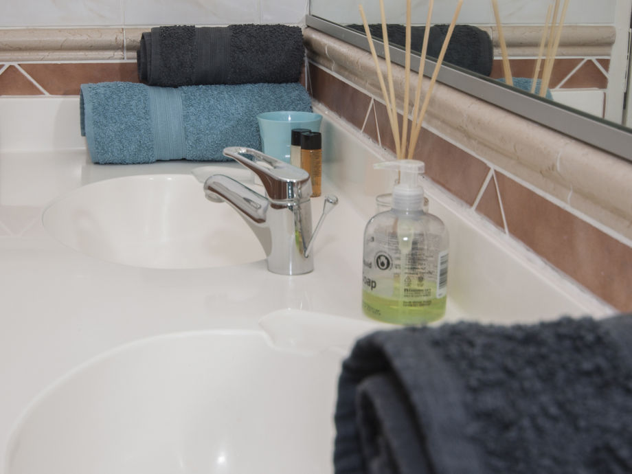 ferienwohnung nautica s dafrika kapstadt frau petra goeschl. Black Bedroom Furniture Sets. Home Design Ideas