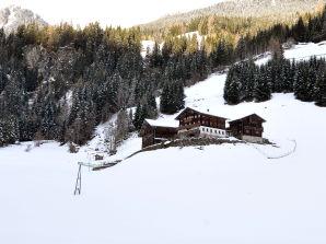 Ferienwohnung Kleinitz, Biobauernhof Plonerhof