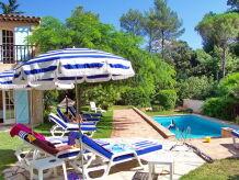 Ferienhaus Ferienhaus mit Pool in Golfplatznähe in Saint-Raphael