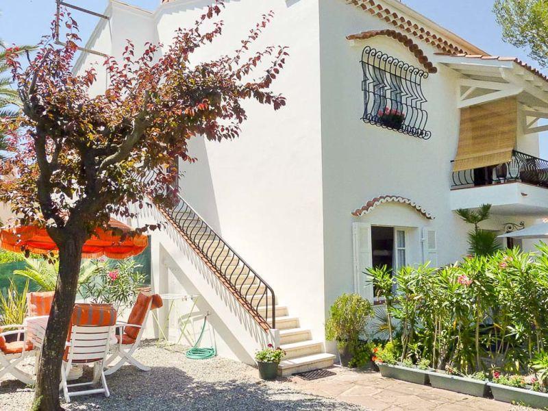 Ferienwohnung in ruhigem Wohnviertel in Saint-Raphael