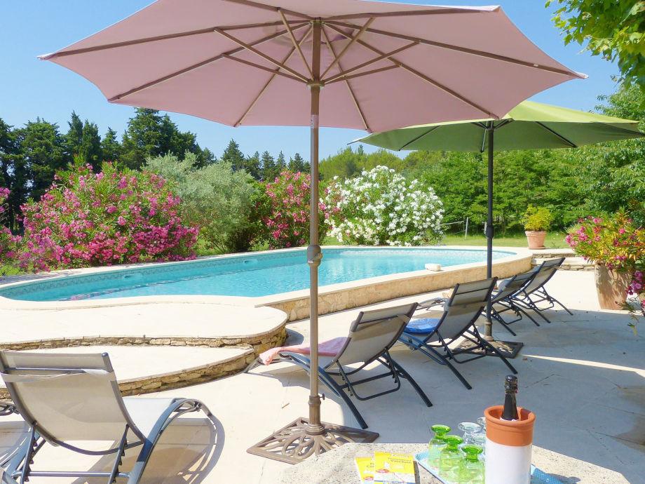 Ferienhaus in der Provence mit Pool