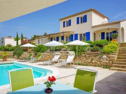 mit Pool nahe Aix-en-Provence