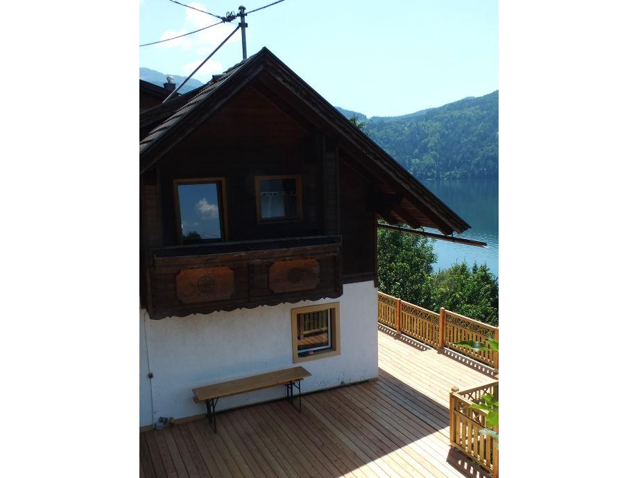 Ferienhaus mit neuem Balkon/Terrasse