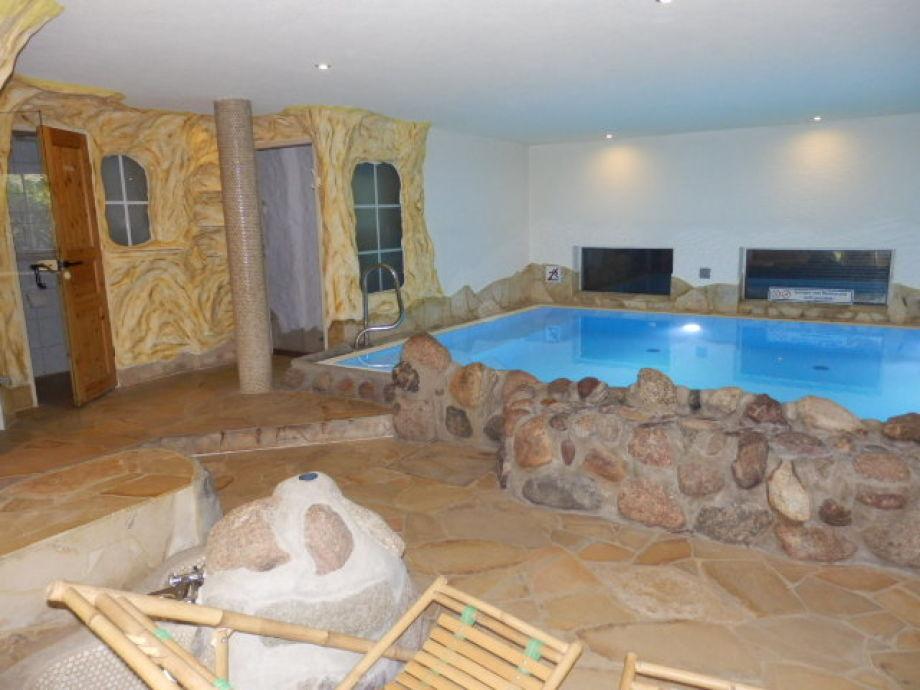 Schwimmbad/Sauna