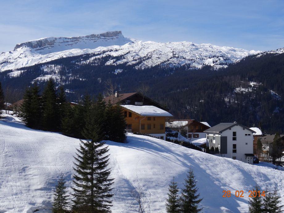 Haus im Winter Süd/Ost Seite