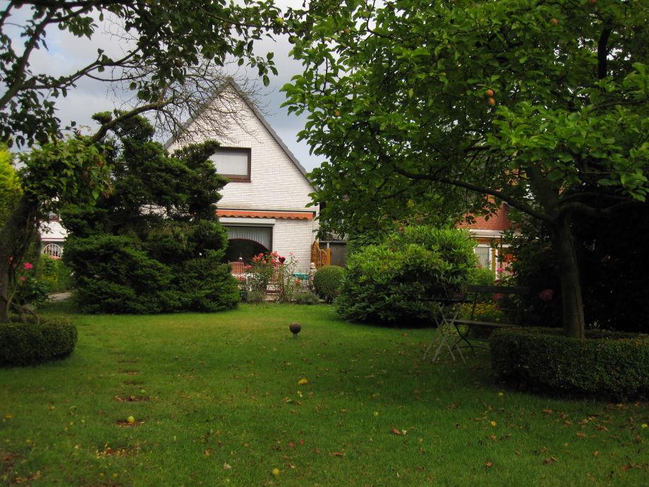 Ferienhaus mit großem Garten zum Erholen