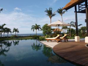 Villa Banjar Beach