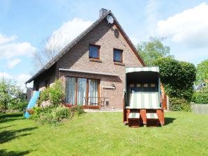"""Ferienhaus """"Strandhuus"""" am Badestrand des reizvollen 'Ostseefjords Schlei'"""