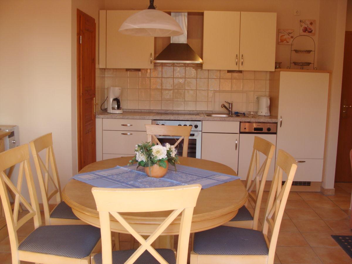 ferienwohnung residenz seestern wohnung 04. Black Bedroom Furniture Sets. Home Design Ideas