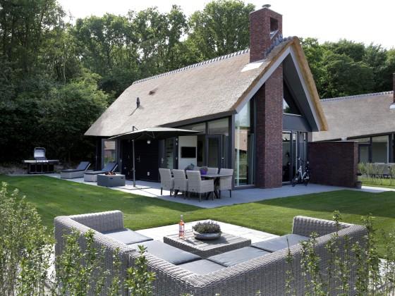 nagelneues luxus ferienhaus schoorl zentrum nord holland. Black Bedroom Furniture Sets. Home Design Ideas