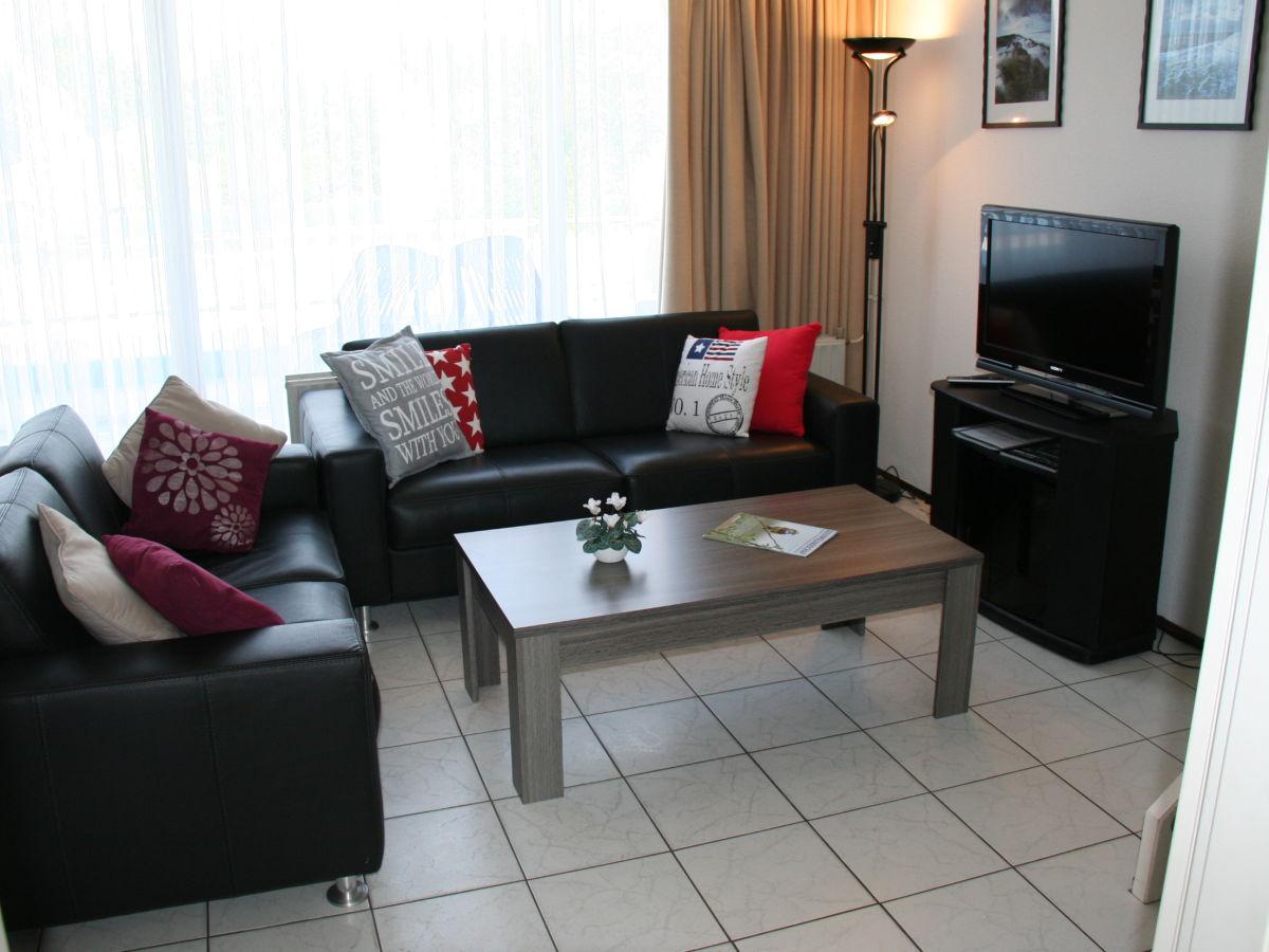 Apartment schorrebloem 2 zeeland nieuwvliet firma verhuurburo nieuwvliet herr richard de jong - Sitzecke wohnzimmer ...