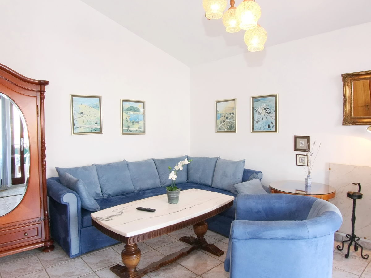 Ferienwohnung Castel In Porec Porec Firma Adria Istrien Frau