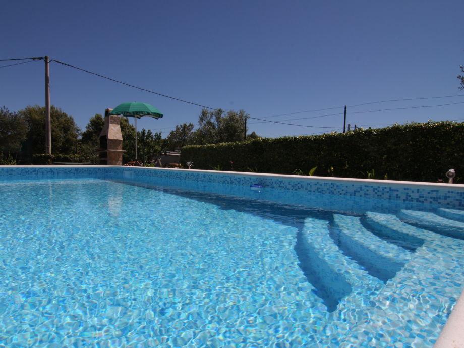 Swimmingpool  Ferienhaus Swimmingpool-Villa Veli Vrh, Istrien, Pula - Firma ...