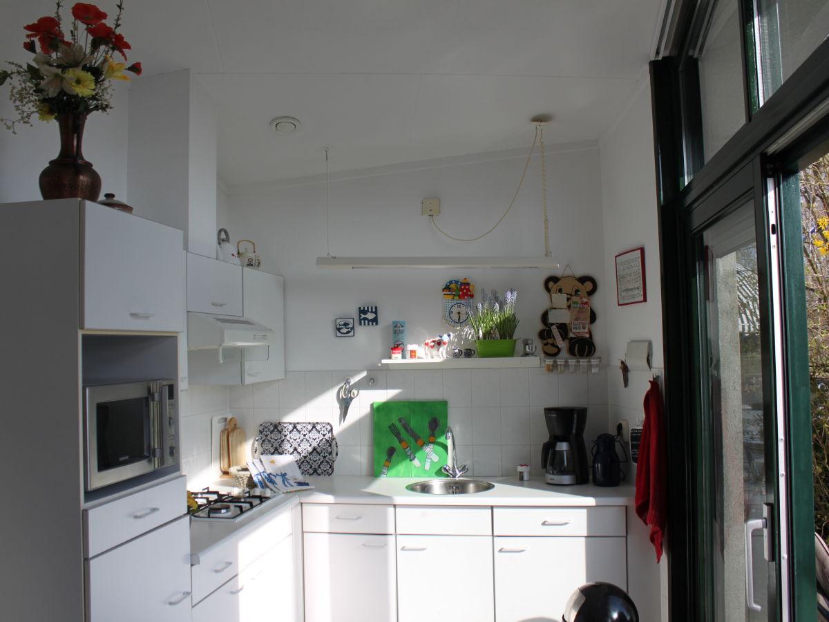 ferienhaus mit sportboot eigenem steg s dlage lemmer familie ingrid heribert linnemann. Black Bedroom Furniture Sets. Home Design Ideas