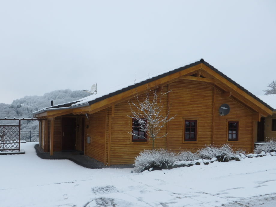 House Ritter in the winter with snow