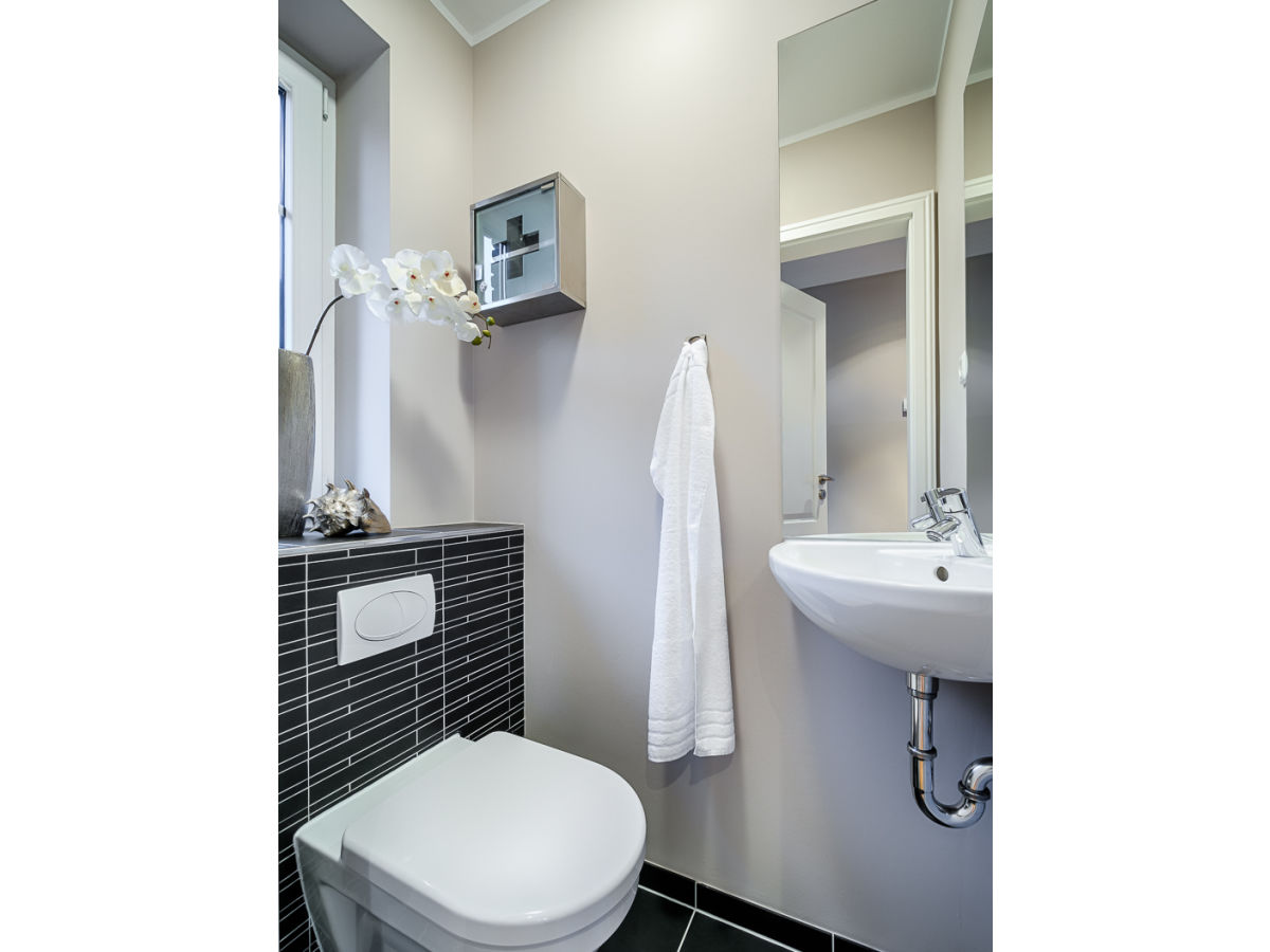 modernes ferienhaus state of the art insel sylt westerland firma mrm gmbh ferienwohnungen. Black Bedroom Furniture Sets. Home Design Ideas