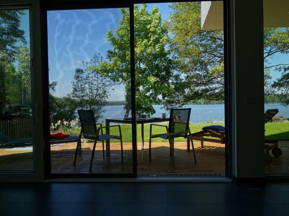 Entspannt die Aussicht auf den Teupitzer See genießen
