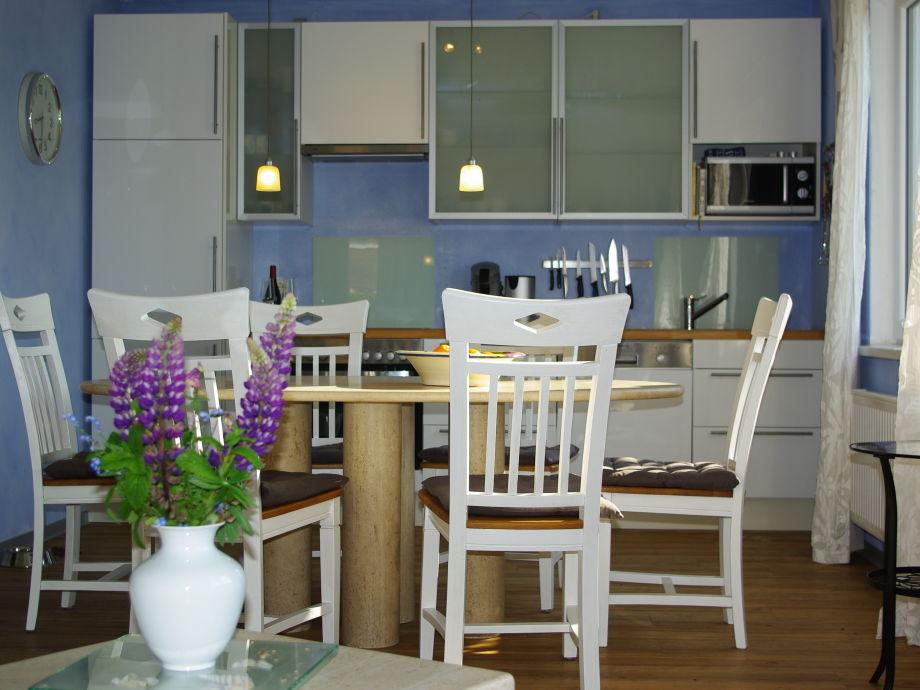 """Küche Wohnung """"Luft und Wasser"""""""