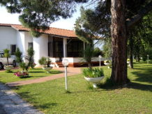 Villa with privat Pool & nice Garden near the Beach