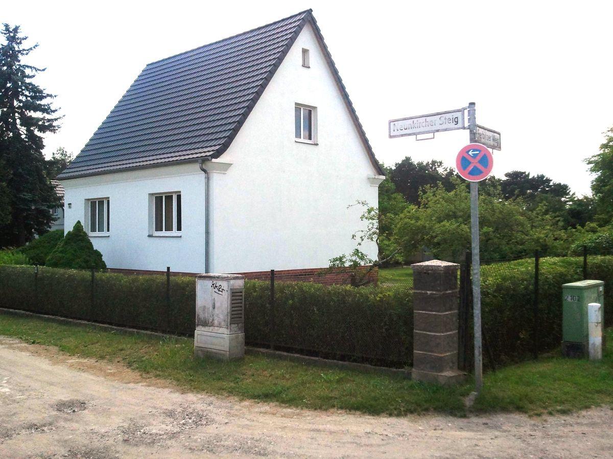 ferienhaus staaken n45 berlin spandau herr detlev schneider. Black Bedroom Furniture Sets. Home Design Ideas