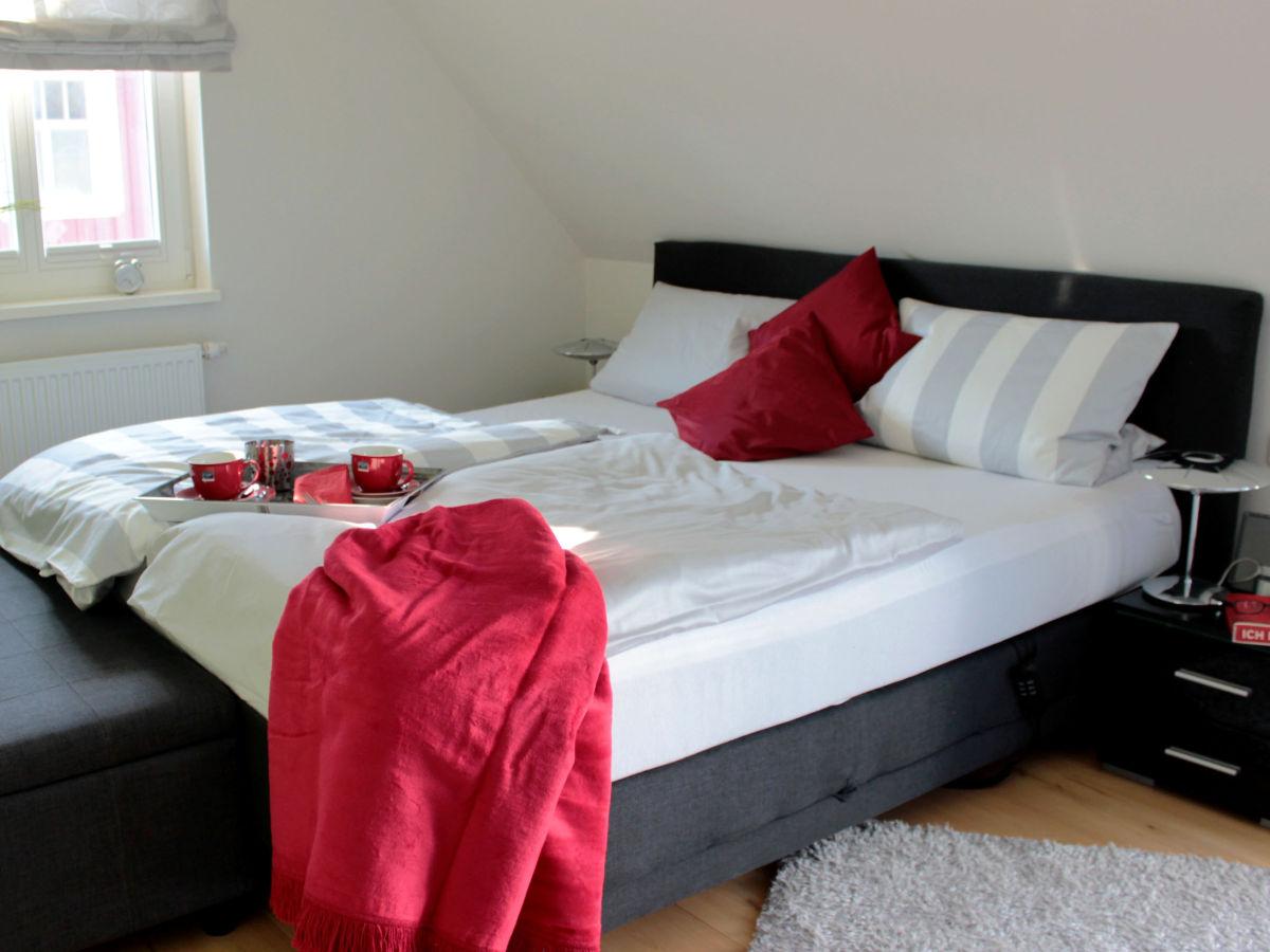 ferienhaus mee h rzeit fischland darss zingst ostsee frau iris hausd rfer. Black Bedroom Furniture Sets. Home Design Ideas