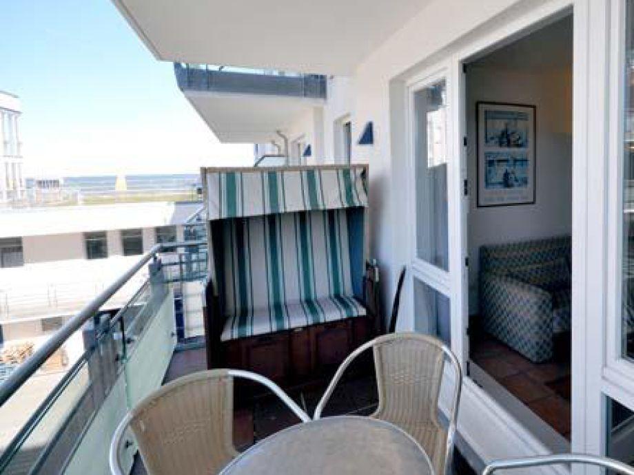Balkon mit Srandkorb