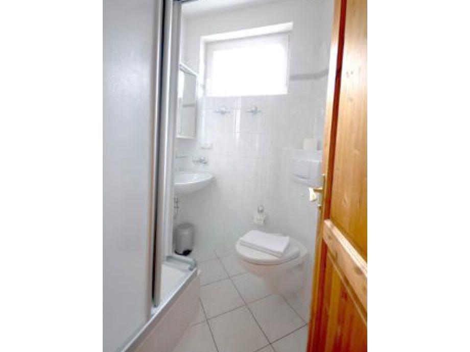 ferienwohnung 800001 weisses r ssl mecklenburg vorpommern ostsee r gen binz firma wfv. Black Bedroom Furniture Sets. Home Design Ideas