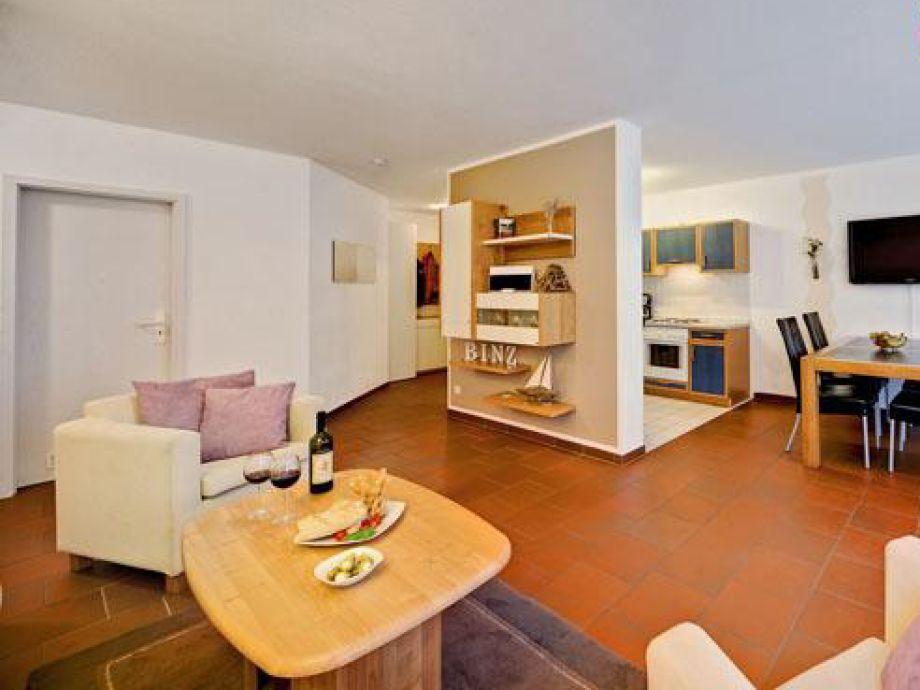 ferienwohnung haus karin abc 860101 r gen binz firma wfv gmbh frau palme. Black Bedroom Furniture Sets. Home Design Ideas