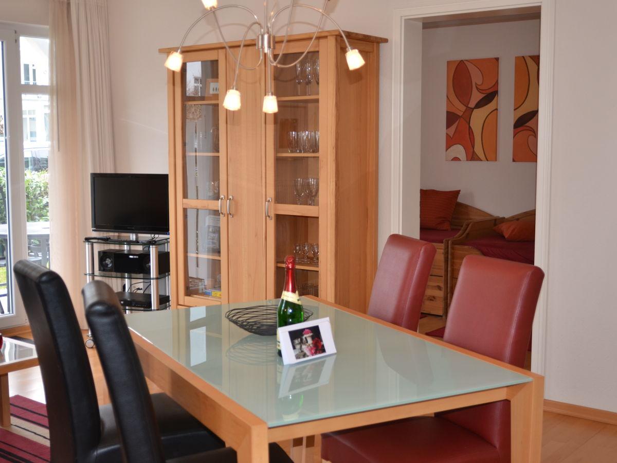 ferienwohnung residenz an der prorer wiek 880005 binz firma wfv gmbhfrau palme. Black Bedroom Furniture Sets. Home Design Ideas
