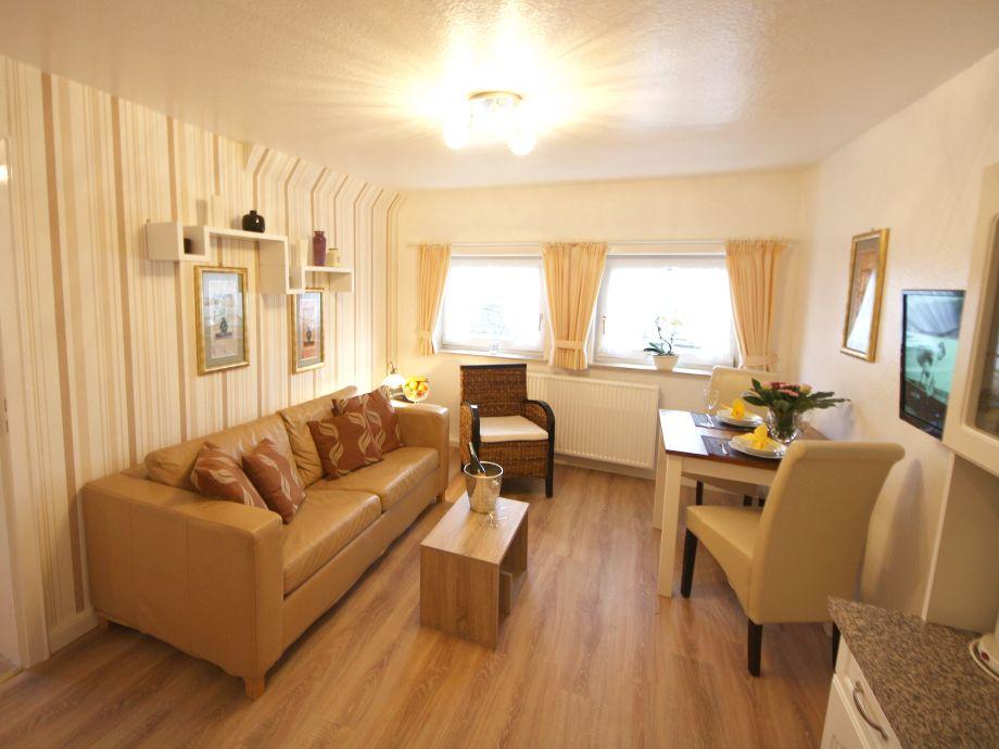 ferienwohnung 4 in der villa kamp im landhausstil nordfriesland nordsee sylt westerland. Black Bedroom Furniture Sets. Home Design Ideas