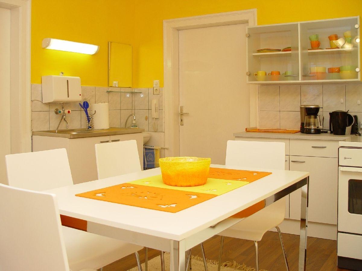 ferienwohnung leonhardt erzgebirge frau sabine leonhardt. Black Bedroom Furniture Sets. Home Design Ideas