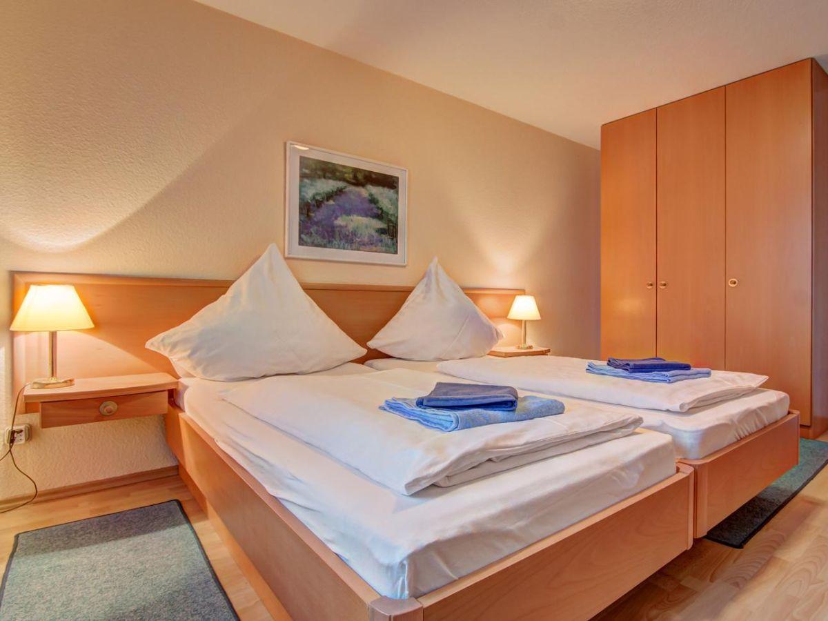bungalow waldsiedlung waldhaus 3 korswandt ostsee. Black Bedroom Furniture Sets. Home Design Ideas