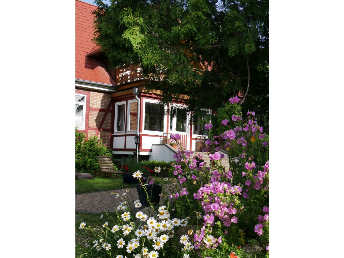 Landhaus gustavshof schleswig holstein holsteinische schweiz malente frau heike m ller - Balkon veranda ...