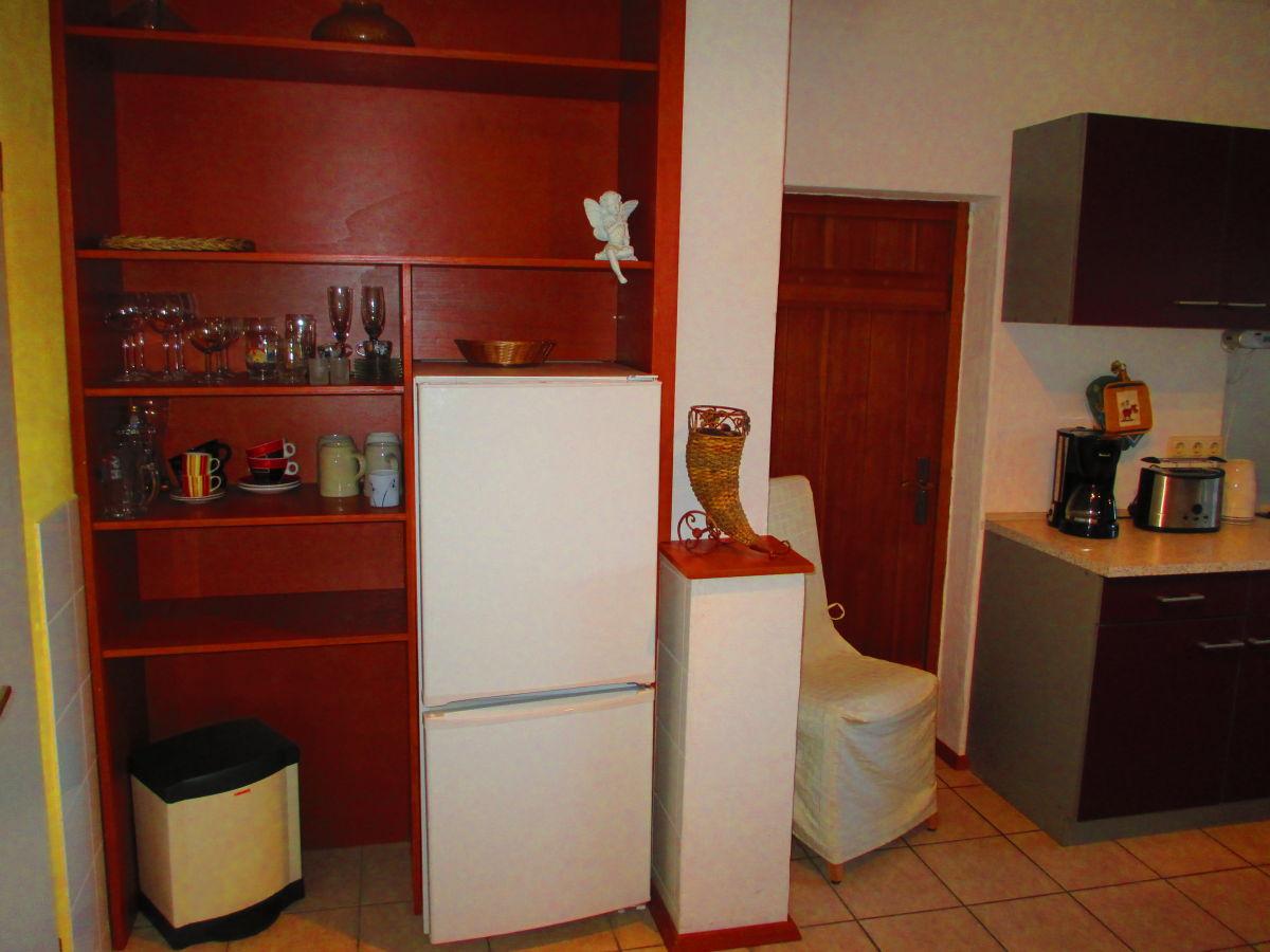 ferienwohnung fl sserstube lichtenfels firma redwitzer gutshof frau annika schardt. Black Bedroom Furniture Sets. Home Design Ideas