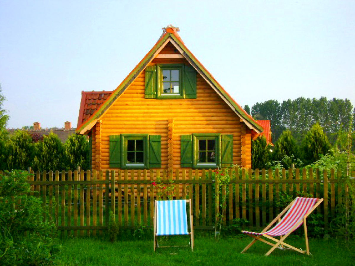 ferienwohnung holzhaus am see w gorzewo herr andrzej tarnawski. Black Bedroom Furniture Sets. Home Design Ideas