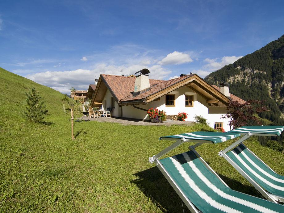 Die Terrasse der Ferienwohnung Aveina