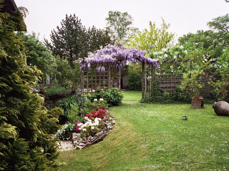 liebvoll gestalteter Garten